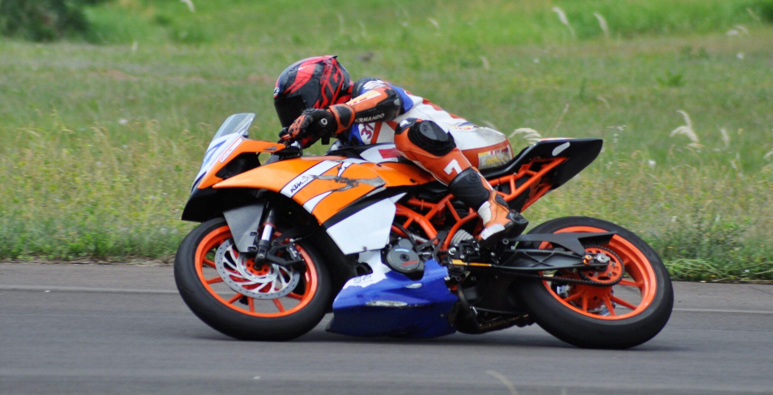 Las motos entrenaron en el Autódromo de Oberá