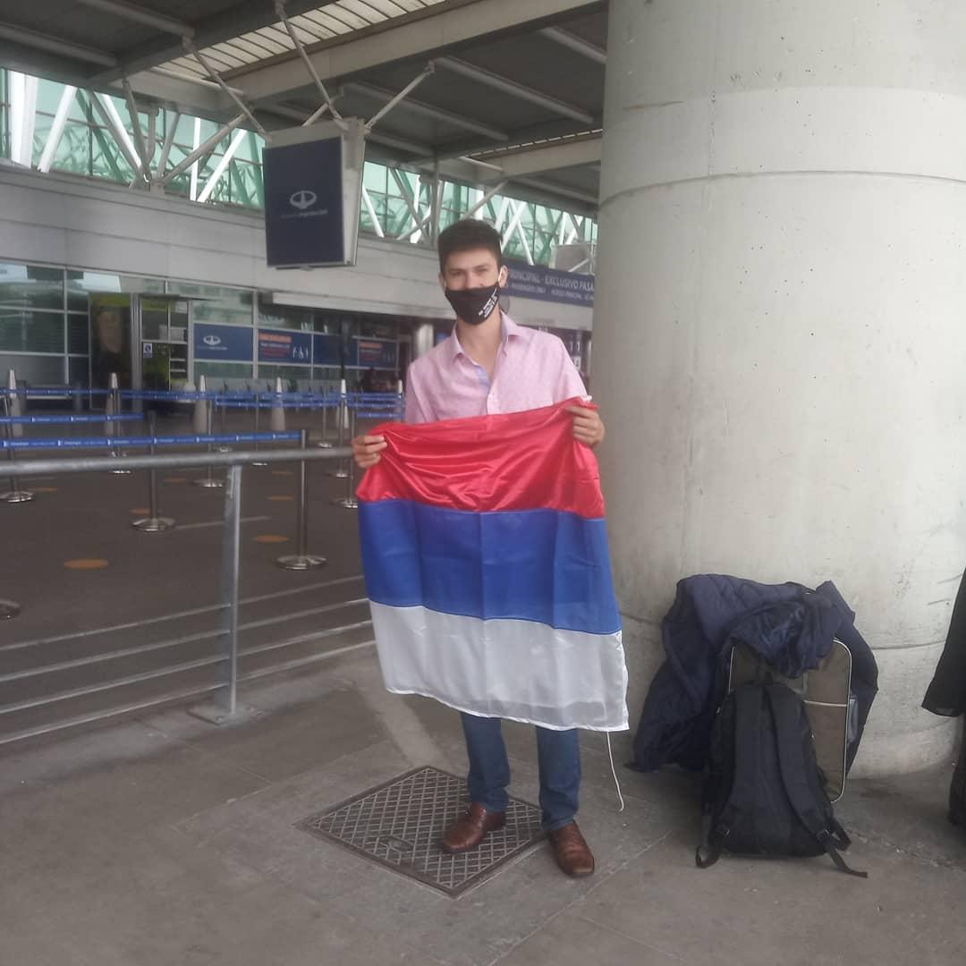 Weiss ya se encuentra en Europa y mañana tendrá su prueba de rally por los caminos de España